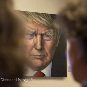 Portret Donald Trump door Saskia Vugts tijdens haar expositie